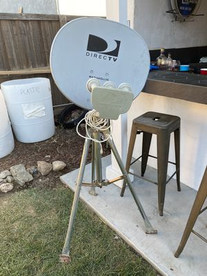 Satélite stand for Sale in Visalia, CA