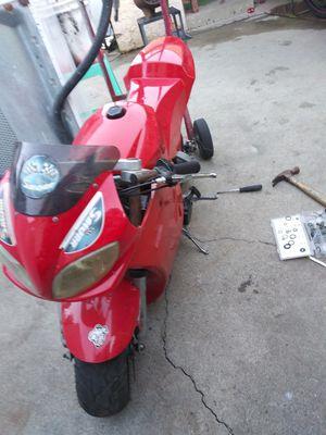 Pocket Bike Cateye Mini Bike Motorcycle Ready 2 Ride Has Good Battery Starts Idles Runs!!! 49cc 30MPH $150 for Sale in Hawthorne, CA
