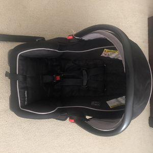 Graco infant car seat for Sale in Dulles, VA