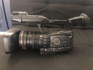 Canon xf300 Professional Camcorder OBO [LIKE NEW!] for Sale in Santa Monica, CA