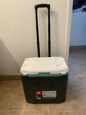 Roll away cooler- like new! for Sale in Los Angeles, CA