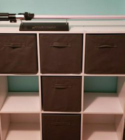 White 3x3 Ft Bookshelf With 5 Grey Inserts For Storage for Sale in Phoenix,  AZ