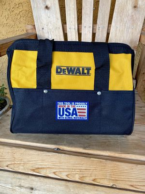 "Dewalt 12"" Tool Bag for Sale in Covina, CA"