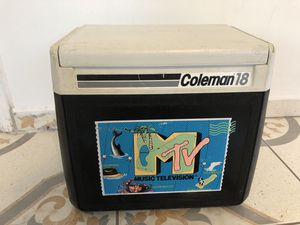 Vintage MTV Coleman 18 Cooler Black & White for Sale in Culver City, CA