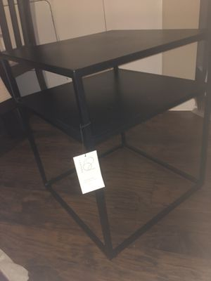 """Brand new """"Glasgow metal """"end table for Sale in Smyrna, TN"""