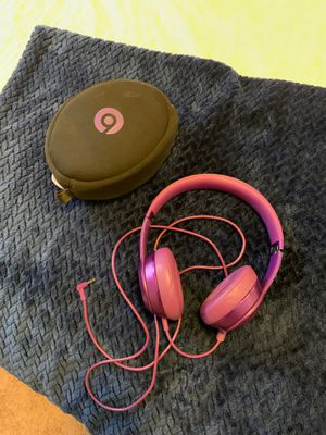 Beats by Dre Solo headphones with case for Sale in San Diego, CA