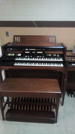 Hammond rhythm 2 organ for Sale in Norfolk, VA