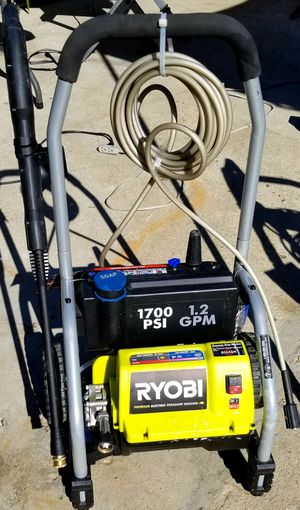 RYOBI 1700PSI ELECTRIC PRESSURE WASHER for Sale in East Los Angeles, CA