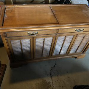 Stereo Console Vintage for Sale in Yucaipa, CA