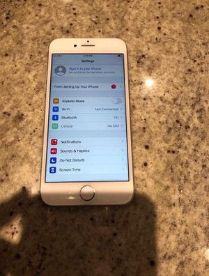 Silver IPhone 8 Mint Conditon (128GB) *Unlocked* for Sale in Kansas City, MO