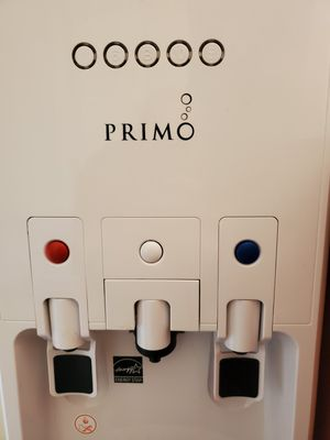 Primo hTrio water dispenser with Keurig / K-cup coffee maker for Sale in Jackson Township, NJ