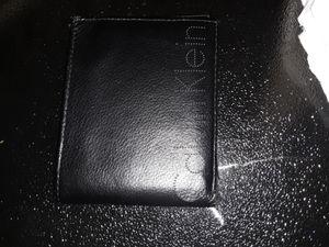 Calvin Klein wallet for Sale in Hacienda Heights, CA