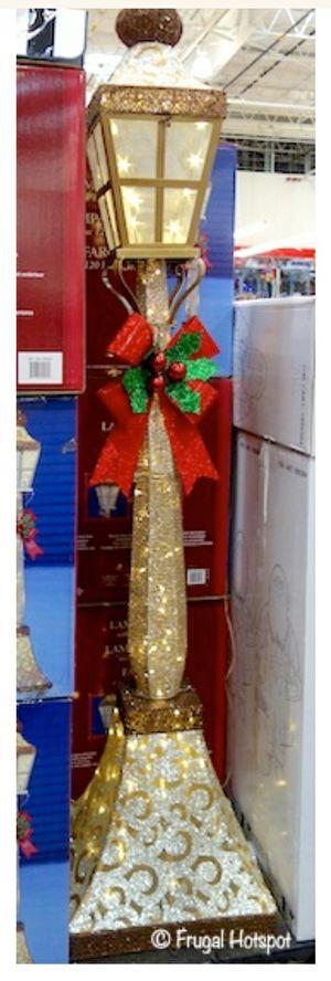 Christmas Outdoor 6' Lamp Post for Sale in Etiwanda, CA