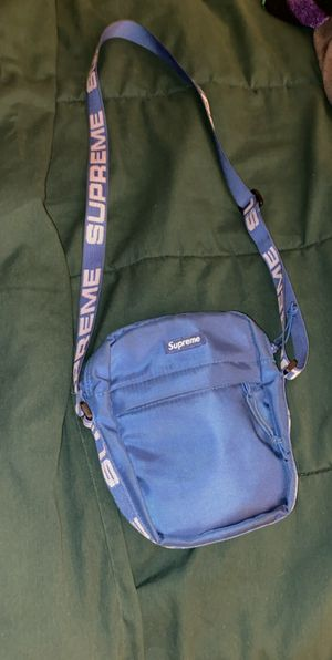 Supreme SS18 Bag for Sale in Sun City, AZ