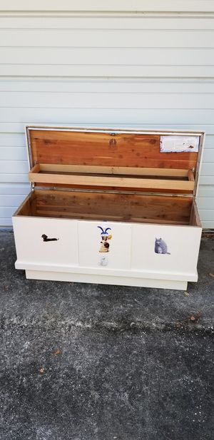 Lane Cedar Chest toy box for Sale in Clearwater, FL