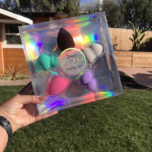 Five Piece Beauty blender kit for Sale in Arroyo Grande, CA