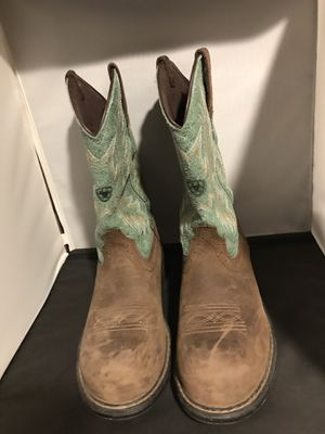 Woman's Ariat Fat Babystyle for Sale in Parker, CO