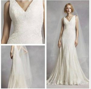 Vera Wang wedding dress for Sale in Santa Ana, CA