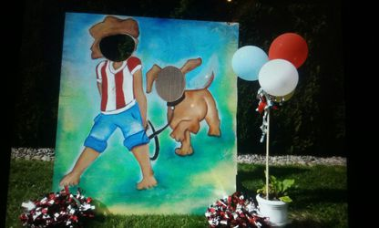 Dog photo carnival photo booth prop for Sale in Tacoma,  WA