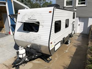 Your first camper! Coachman Clipper 17BH for Sale in Omaha, NE