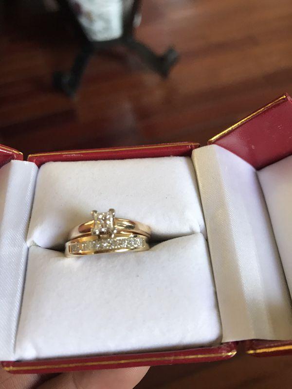 1.55pt Diamond engagement ring and wedding band