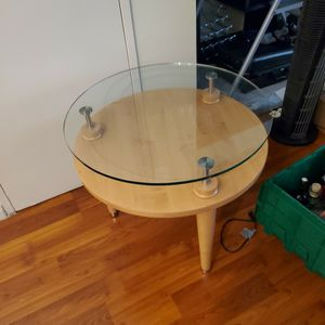 2 Modern Round Side Tables for Sale in Los Angeles, CA