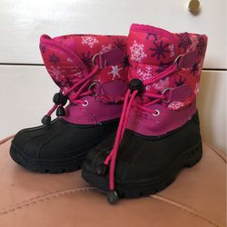 Girls Snow Boot Size 11 for Sale in Los Angeles,  CA