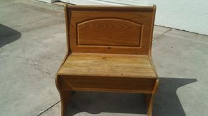 Small bench has a crack underneath for shelf for Sale in Cape Coral, FL