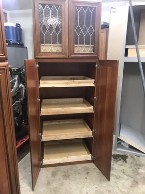 Kitchen cabinet for Sale in Grove City, OH