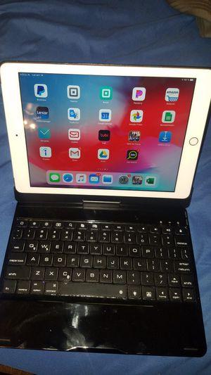 Ipad 6Gen 32gb for Sale in San Antonio, TX
