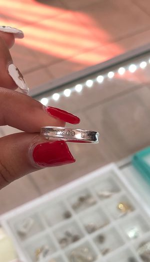Tiffany & Co Ladies Ring for Sale in Houston, TX