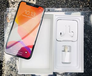 iPhone X 256GB Unlocked with box and all accessories for Sale in Brookline, MA