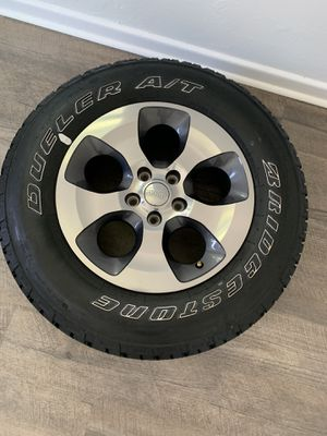 5 Jeep Tires and Rims for Sale in Delray Beach, FL