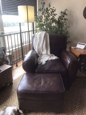 Matching chair to sofa with ottoman for Sale in Denver, CO