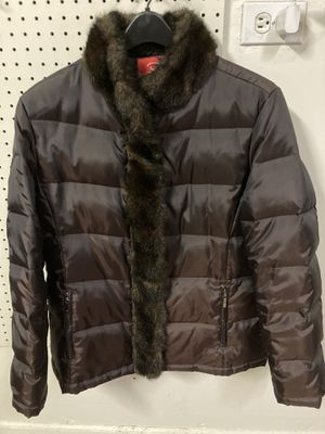 Women's Winter Jacket Size Large for Sale in Northbrook, IL