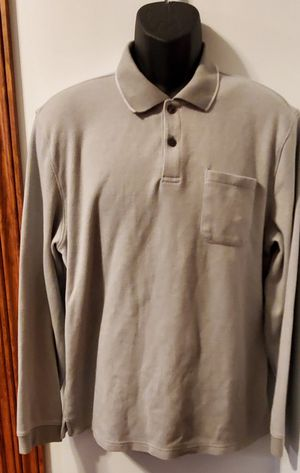 Mens Van Heusen long sleeve classic gray collared shirt Large for Sale in Middletown, MD