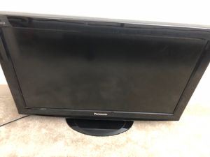 Panasonic, 32 inch tv, no issues, works perfectly fine for Sale in Cambridge, MA