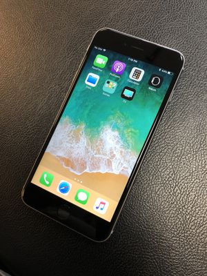 iPhone 6s Plus for Sale in San Jacinto, CA