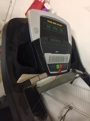 Gold's Gym treadmill - brand new for Sale in Apple Valley, CA