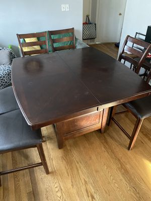 Bar Height Dining Set for Sale in Silver Spring, MD