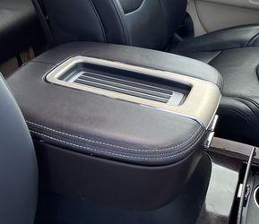 2007-2014 Cadillac Escalade Arm Rest for Sale in Winter Garden,  FL