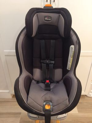 Chicco NextFit Convertible Car Seat for Sale in Boca Raton, FL