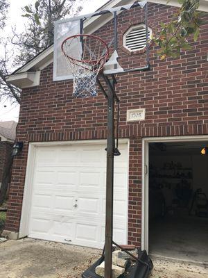 basketball hoop for Sale in Cedar Park, TX