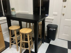 Kitchen table + 4 stools for Sale in San Francisco, CA