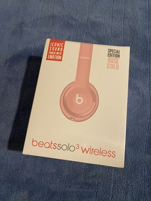 Beats Solo3 Pink Wireless Headphones for Sale in Los Angeles, CA