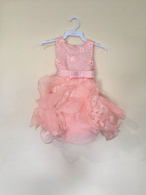 New Baby Girls Peach Fancy Dress Size 6-12 Months for Sale in Hacienda Heights, CA