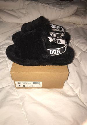 UGG Sandals/Black for Sale in Fairburn, GA