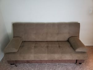 Fouton Couch/Bed for Sale in Lake Hamilton, FL