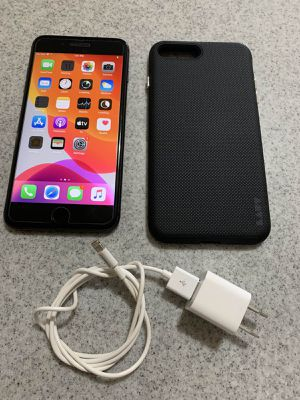 FACTORY UNLOCKED IPHONE 8PLUS 256GB w/Tempered glass &Case//PAID OFF for Sale in Honolulu, HI