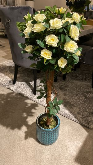 Decorative Indoor/ outdoor faux rose with pot! for Sale in Odenton, MD